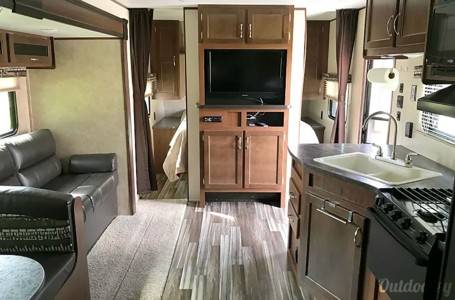 Inside Jayco Flight