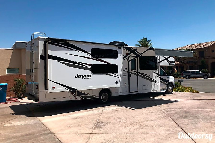 Jayco Class C Rental in Nevada