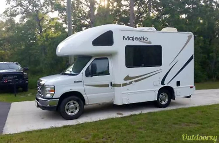 Thor Motor Coach RV Rental FL