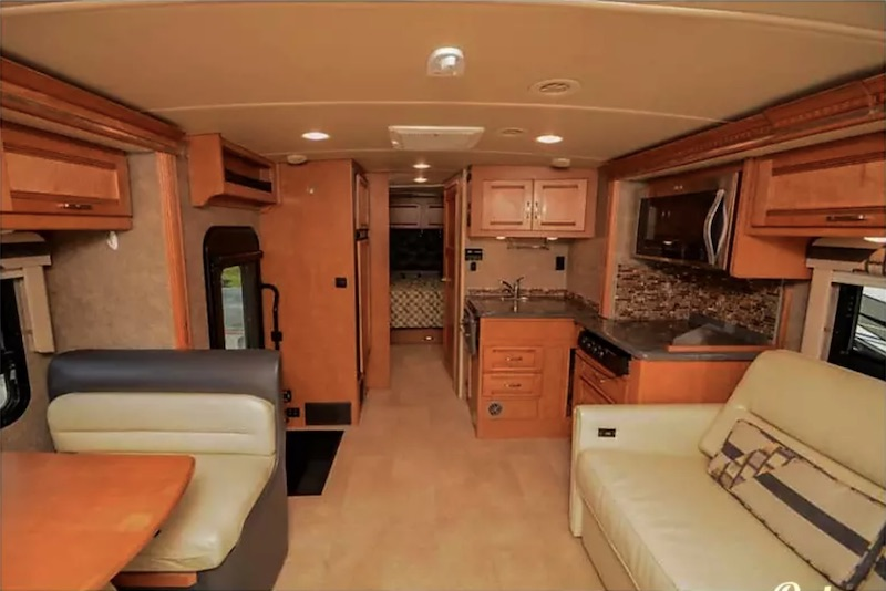 2015 Winnebago Aspect interior