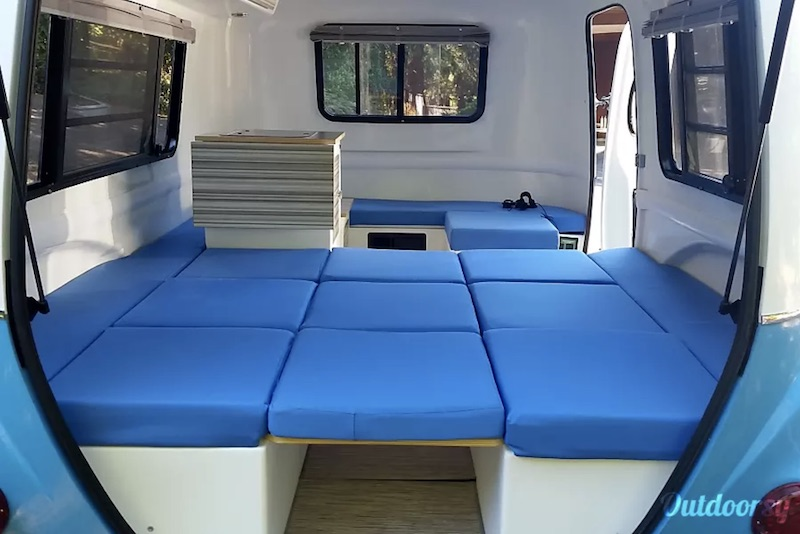 2016 Happier Camper HC1 interior