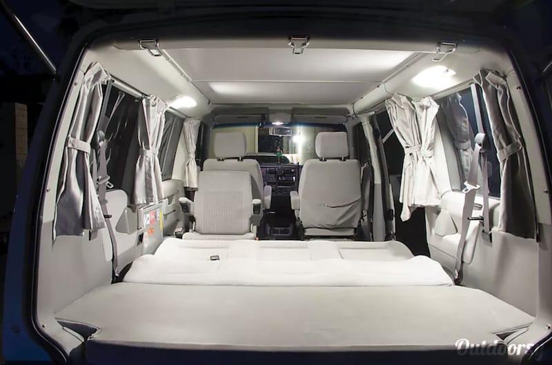 2001 Volkswagen Eurovan interior