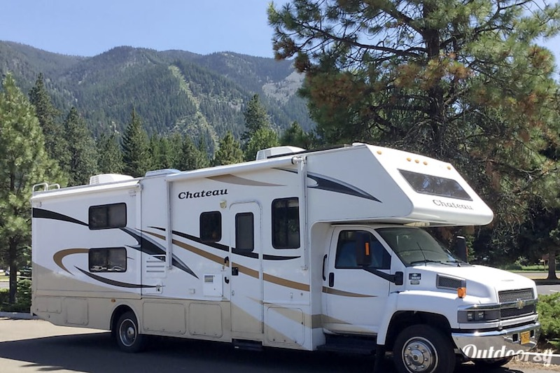 2009 motor coach chateau four winds