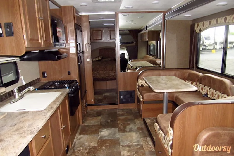 2017 Coachmen Leprechaun Interior