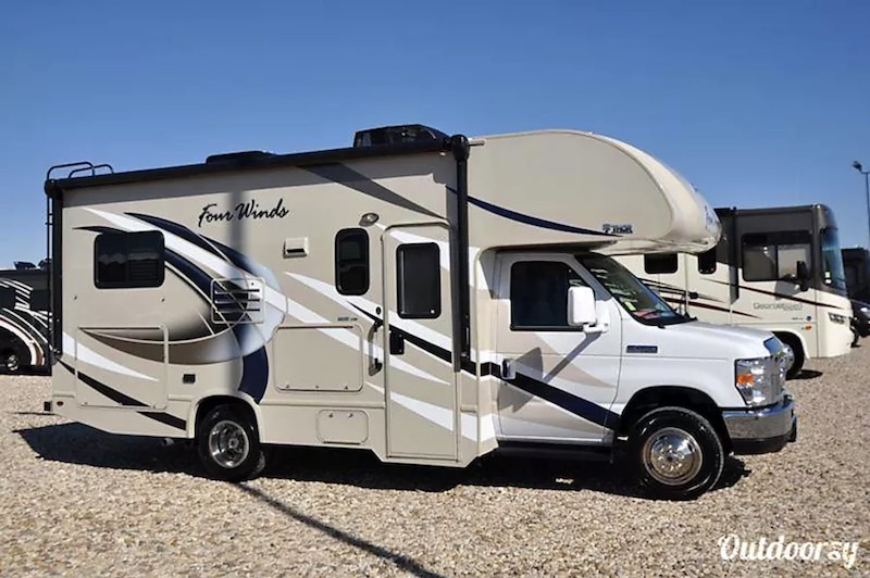 2018 Thor Motor Coach Four Wind