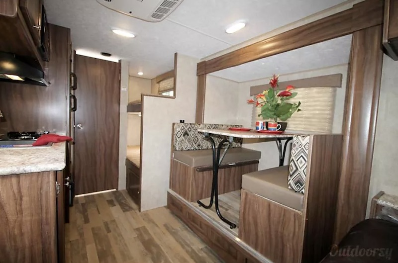 2019 Coachman Clipper 17BHS