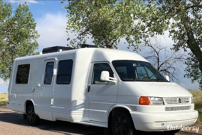 1997 Winnebago Eurovan Camper Rialta