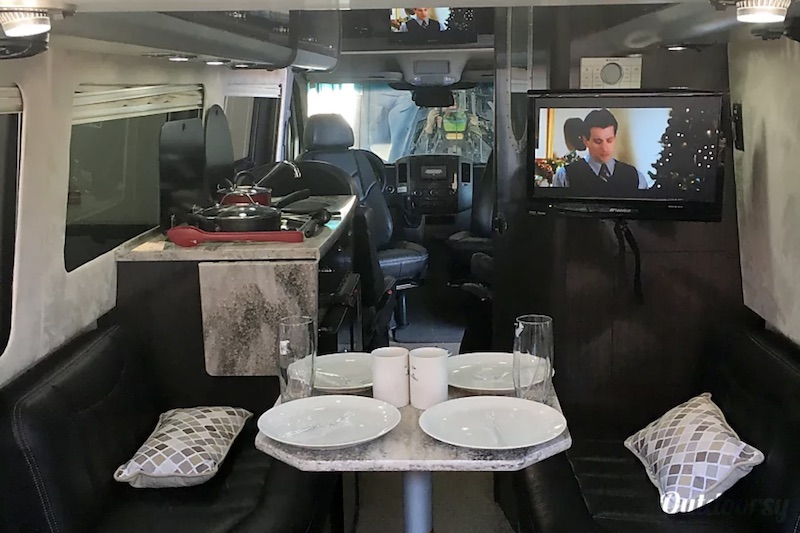2014 Airstream Interstate Interior
