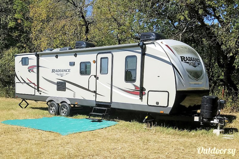 2018 Cruiser Rv Corp Radiance
