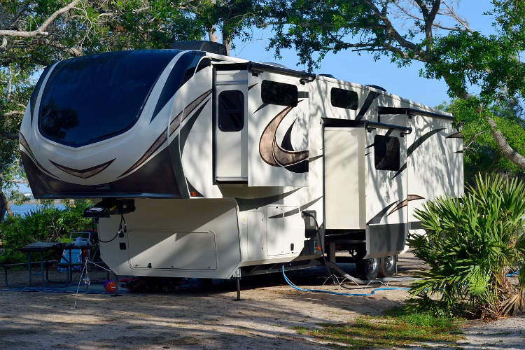 Fifth Wheel Rental